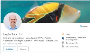 Zdjęcie w tle Laszlo Bocka pokazuję rybę humu, której swoją nazwę zawdzięcza nowa firma twórcy kultury korporacyjnej Google.